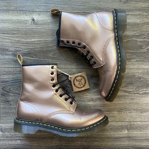 DR MARTEN Metallic Lace Up Boot NEW 11